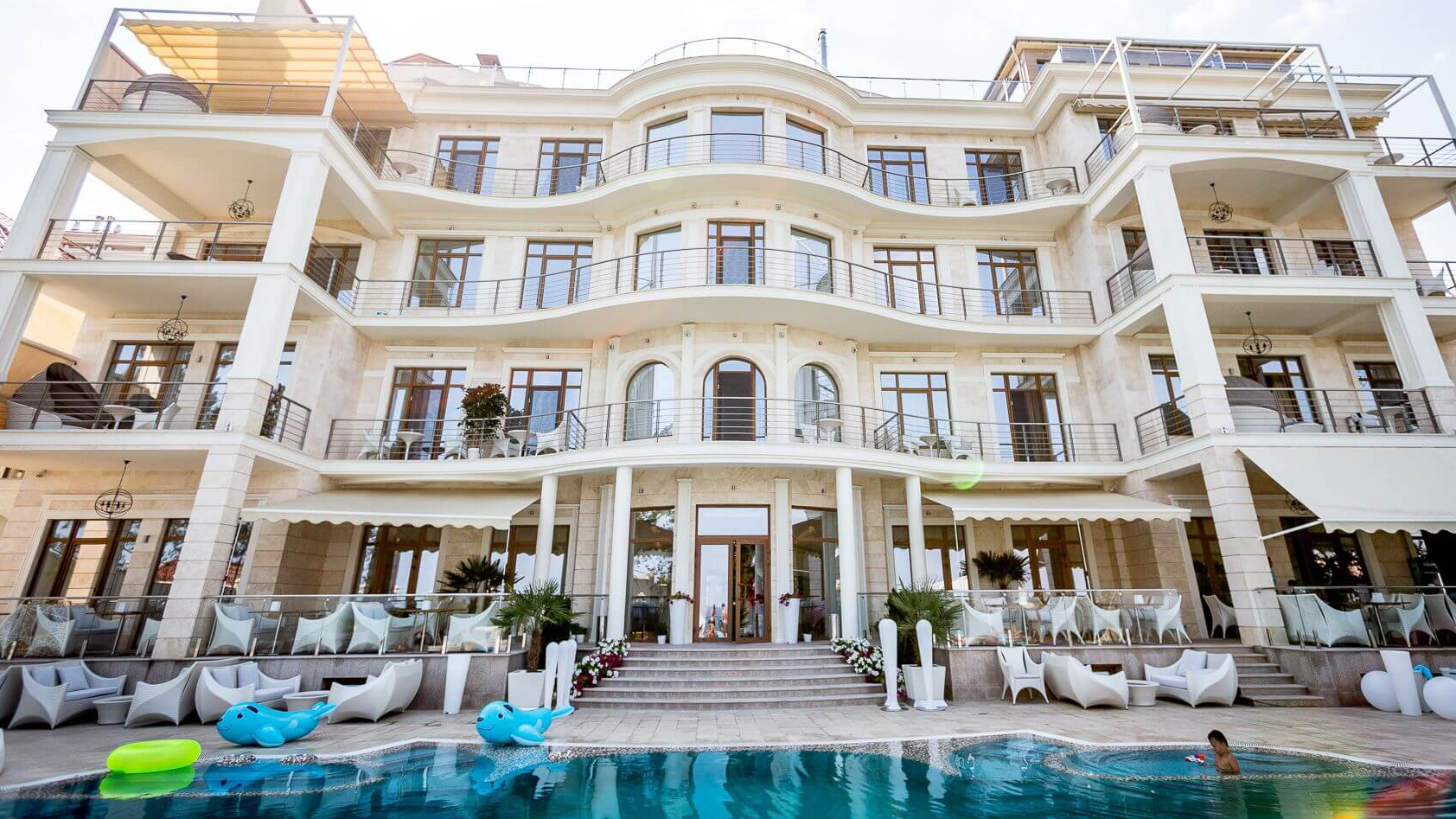 Hotel by the sea panorama de luxe the best five star for Design hotel odessa